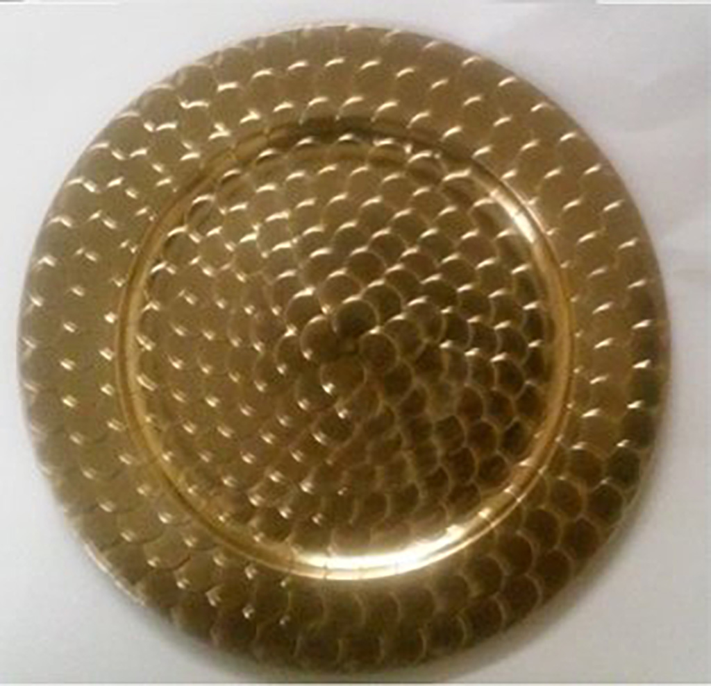 Gold charger plate belle weddings and eventsbelle